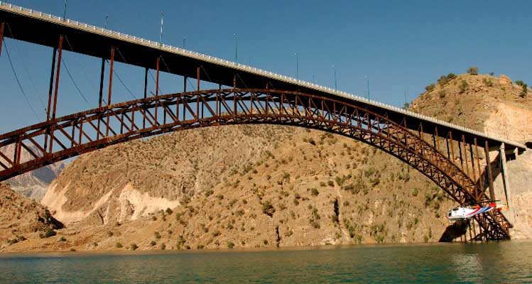 Design, construction and installation of the largest metal bridges in Iran and the Middle East
